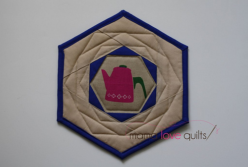 Happy Hexagon Trivet_back