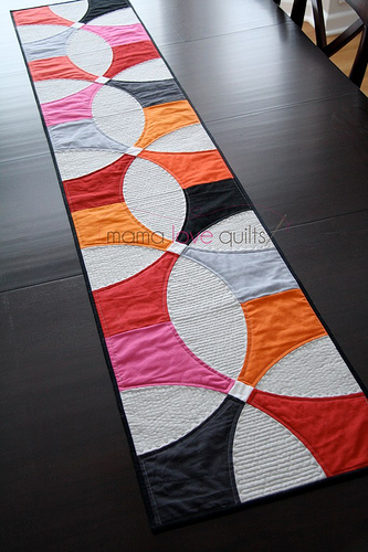 Superieur MP_Table Runner