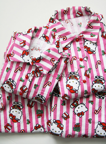 Hello Kitty Pajamas_2 pairs