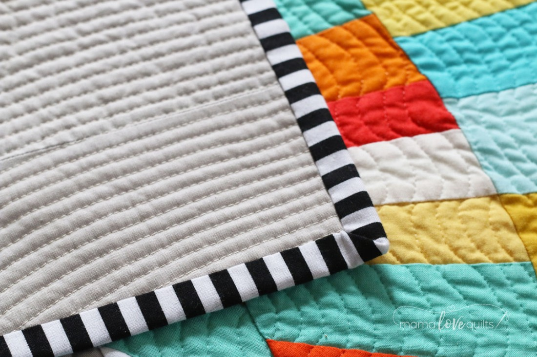 Sun_Rays_Modern_Quilt_by_Mama_Love_Quilts_Binding