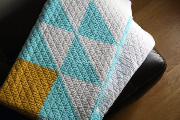 fly_away_quilt_folded